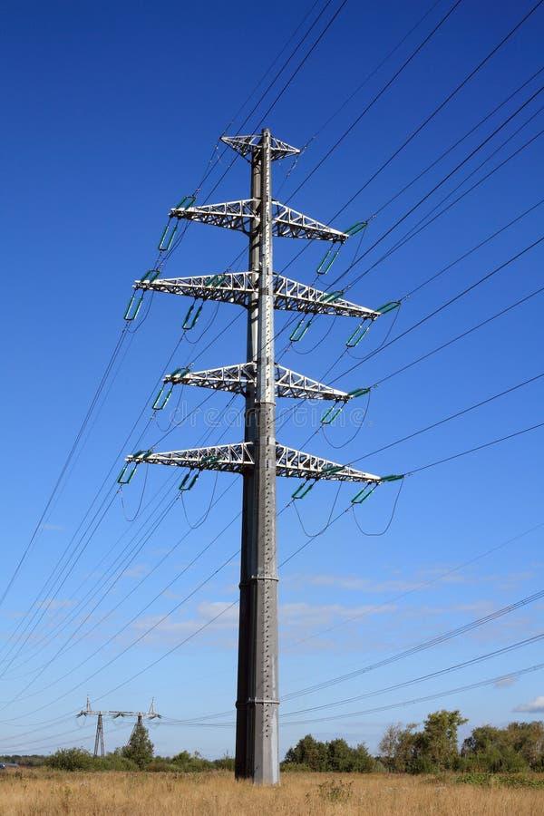 Stromleitung lizenzfreies stockfoto