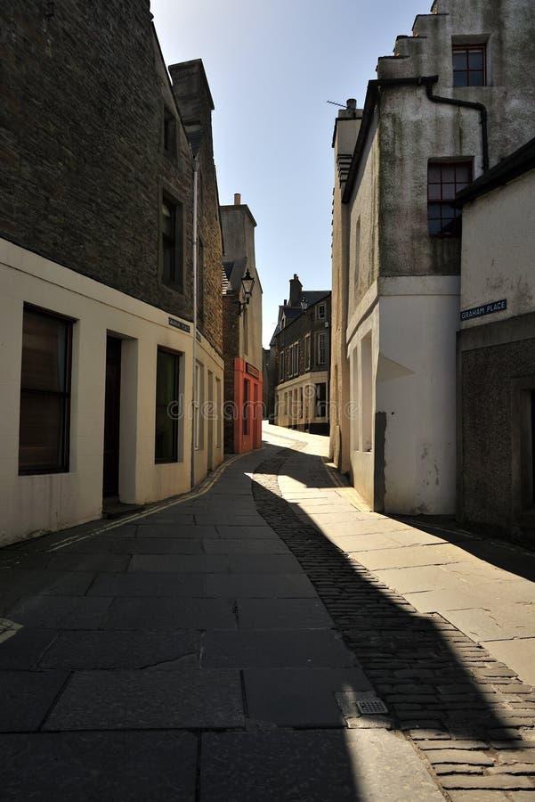 stromness för islesorkney scotland gata royaltyfria foton