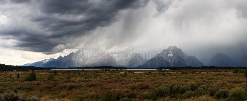 Stromy Grand Teton royalty-vrije stock foto's