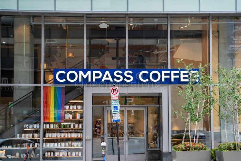 Strona zewnÄ™trzna kawiarni Compass w dzielnicy Rosslyn w Arlington Virginia obraz royalty free
