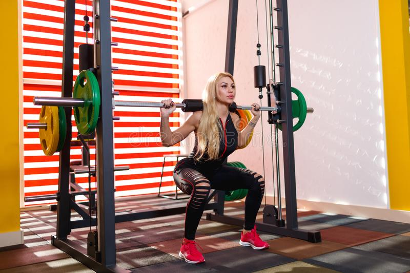 Girl Does Squats Stock Image Image Of Energetic, Energy - 24893323-3372
