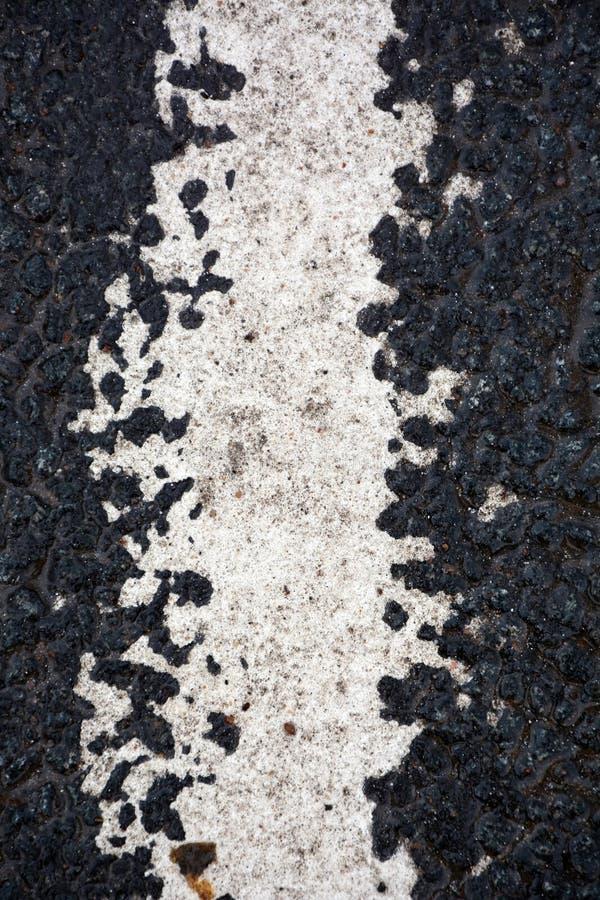 Download Strook Van Witte Verf Op Het Asfalt Stock Foto - Afbeelding bestaande uit vuil, close: 54085080