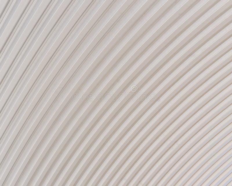 Structure argentée ondulée de surface de texture en métal de toit images stock