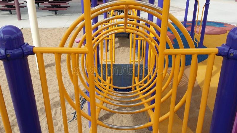 Download Structure Circulaire De Jeu Photo stock - Image du playground, pièce: 45355024