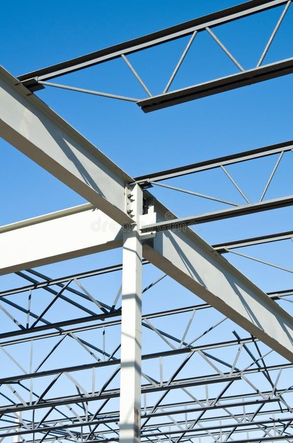 Structureel staalbouw stock afbeeldingen