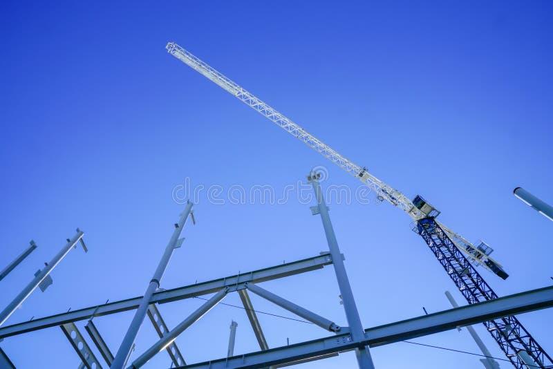 Structureel staalkader voor de nieuwe bouw royalty-vrije stock afbeeldingen