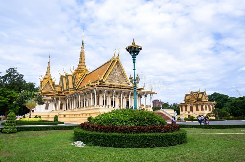 Structures de Royal Palace dans Phnom Penh image libre de droits