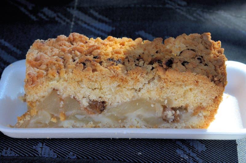 Download Strudel aux pommes photo stock. Image du solitaire, delicatessen - 45369478