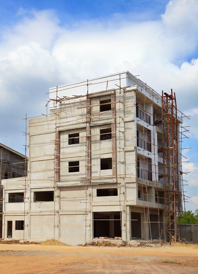 Struktur av bruk för byggnadskonstruktion för konstruktionsbransch och landledningaffären, fastighettema royaltyfria foton