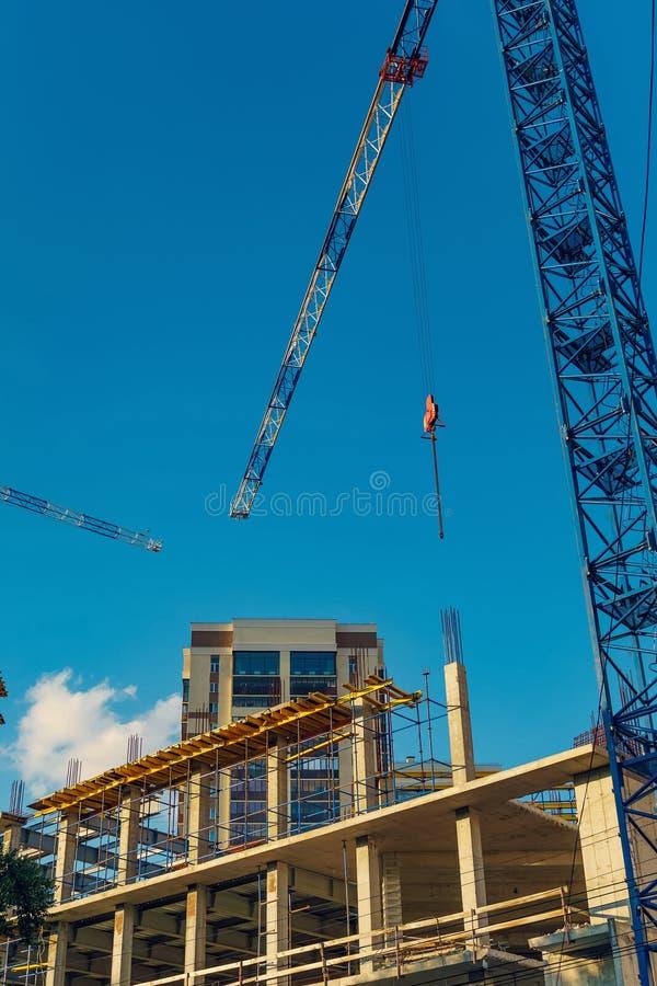 Struktur av en ny konkret byggnad arkivfoton
