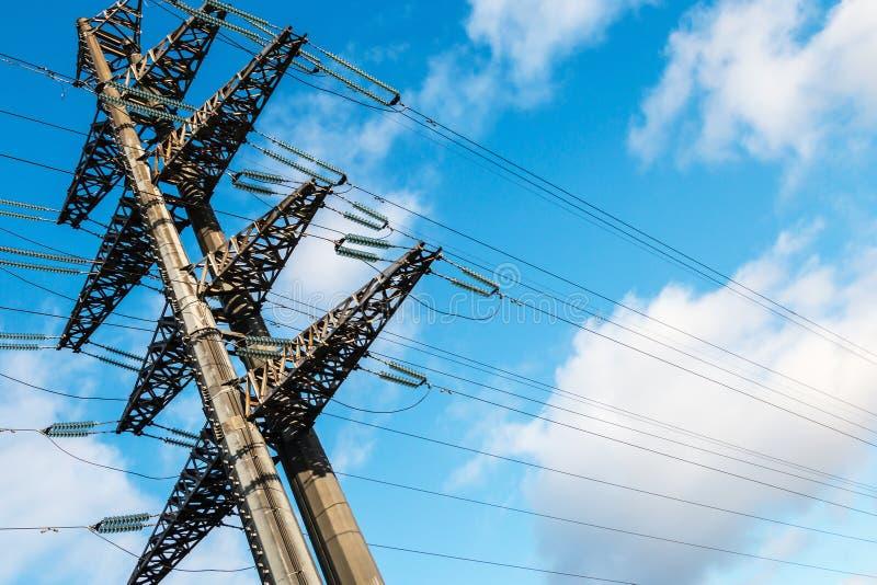 Struktur av hög-spänning den elektriska metallservicen fotografering för bildbyråer
