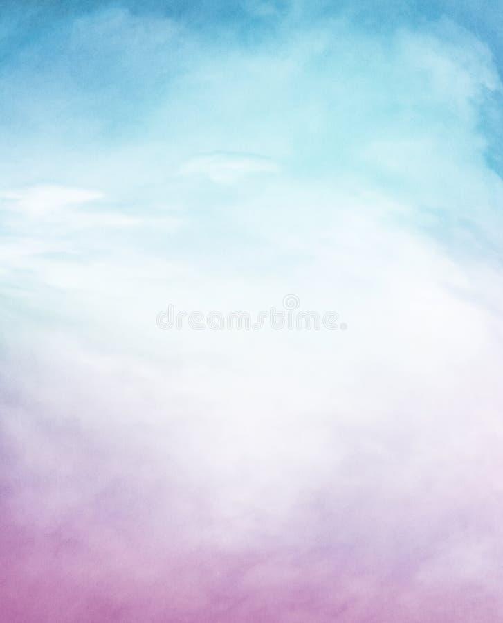 Strukturierte purpurrote blaue Wolken lizenzfreies stockfoto