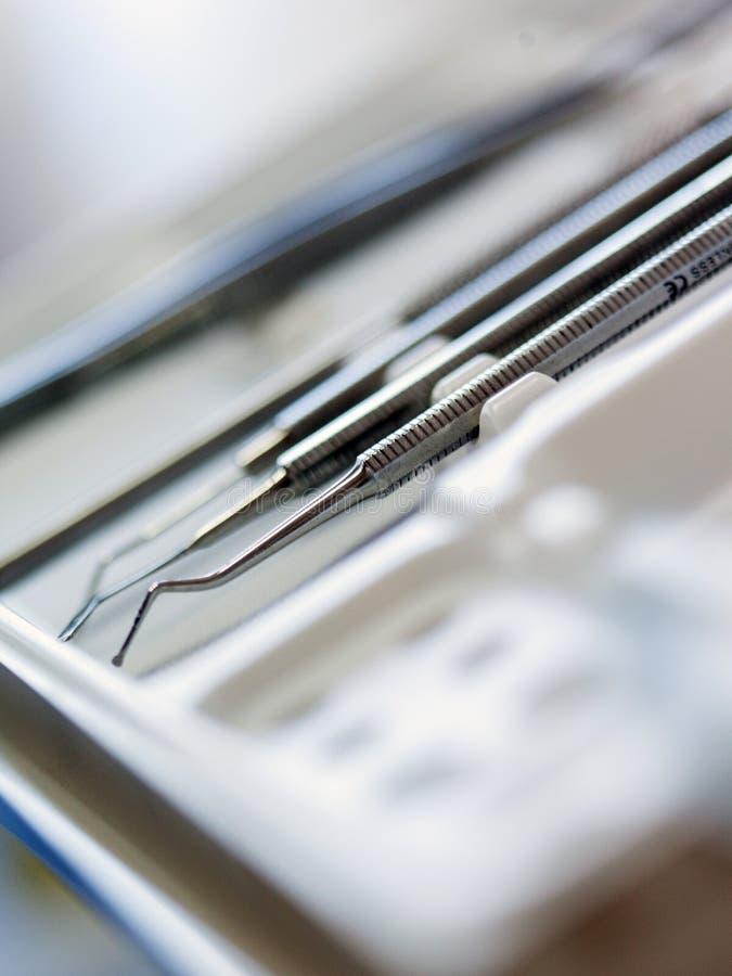 Strumenti dentari del gabinetto fotografie stock libere da diritti