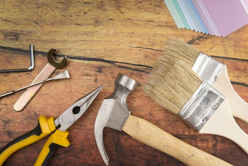Strumenti e cose necessarie per miglioramento domestico fotografia stock