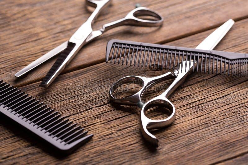 Strumento del barbiere Forbici del barbiere fotografia stock libera da diritti