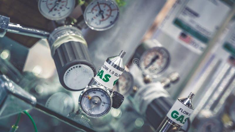 Strumento dello strumento della valvola a gas del laboratorio fotografia stock