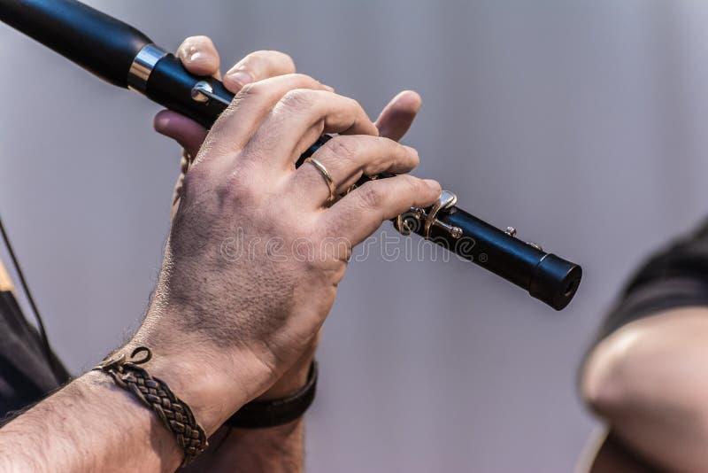 Strumento musicale tradizionale della flauto con il nome spagnolo di fotografie stock