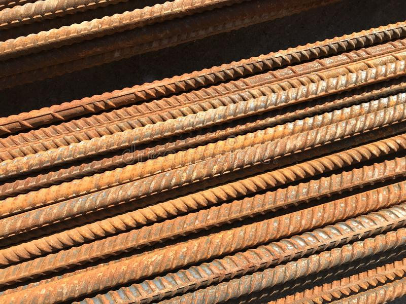 Struttura arrugginita degli elementi della costruzione e del ferro fotografie stock libere da diritti