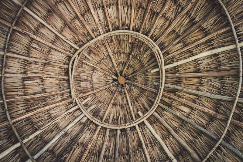 Struttura circolare di una ciotola di bambù fotografia stock libera da diritti