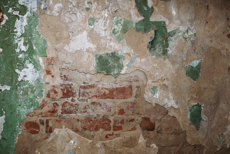 Struttura d'annata del fondo di lerciume di vecchio muro di cemento con pittura stagionata incrinata immagini stock libere da diritti