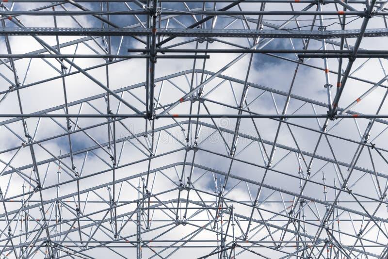 Struttura del tetto contro il cielo fotografia stock libera da diritti