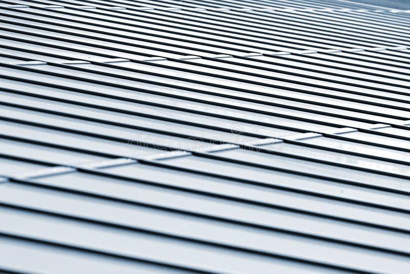 Struttura del tetto del metallo, fondo architettonico astratto fotografia stock libera da diritti