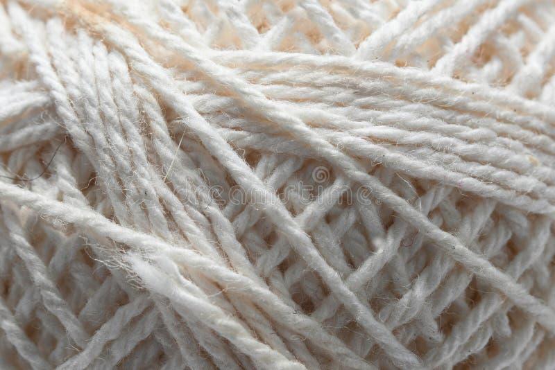 Struttura della matassa bianca di lana fotografie stock
