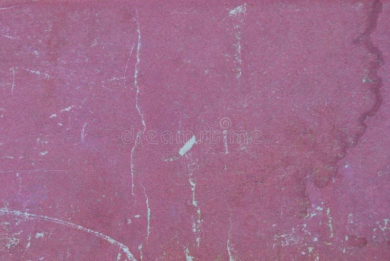 Struttura di carta rossa dalla vecchia copertina di libro misera sporca fotografie stock libere da diritti