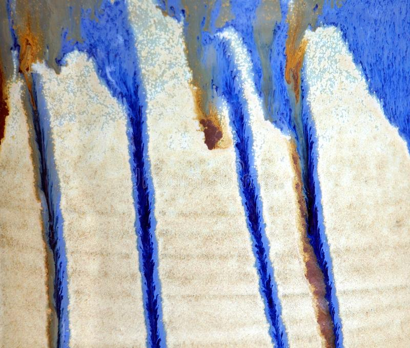 Struttura di ceramica con le striature blu immagine stock