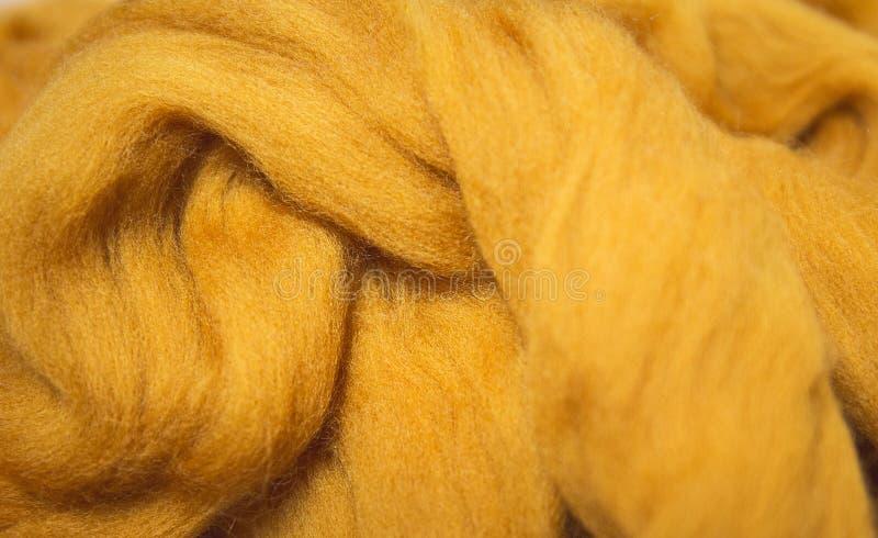 Struttura di lana merino per la fine della feltratura su Handcraft il materiale Tema fatto a mano di progettazione fotografie stock