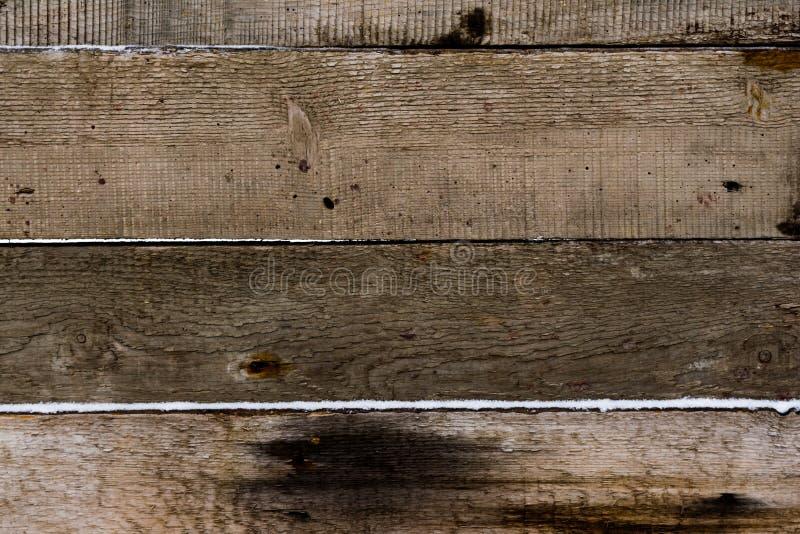 Struttura di legno Bordi di neve in polvere texture orizzontale delle schede del pino knotty immagine stock libera da diritti