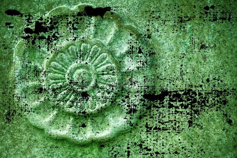 Struttura di pietra decorata ultra verde sporca di lerciume, forma della roccia del cerchio, fondo per il sito Web o dispositivi  fotografia stock libera da diritti