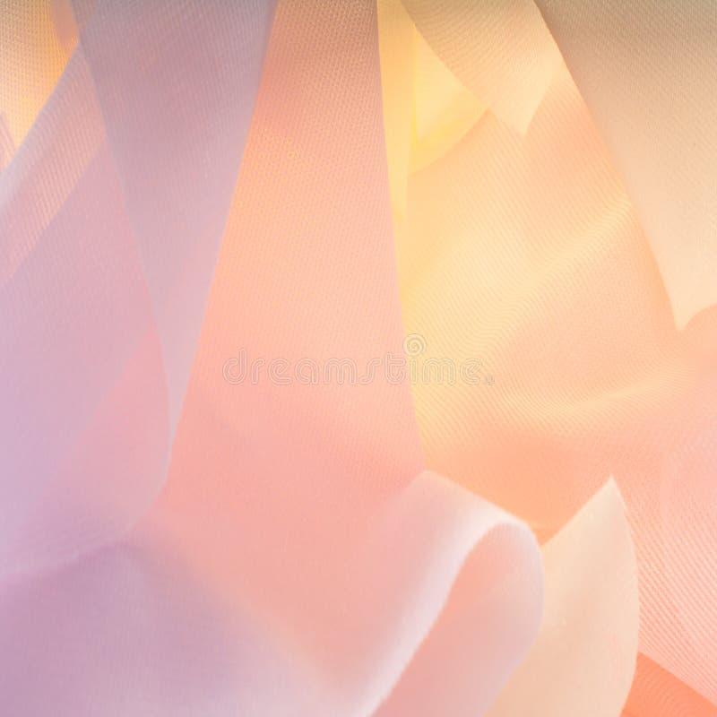 Struttura, fondo, modello Tessuto trasparente di seta Urlo blu fotografie stock libere da diritti