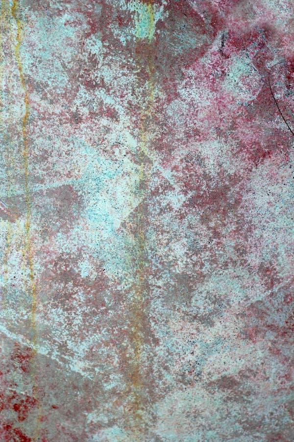 Struttura invecchiata verde rossa della parete della vernice di Grunge fotografia stock libera da diritti