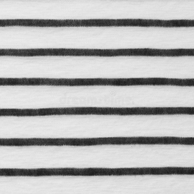 Struttura a strisce in bianco e nero del tessuto immagini stock libere da diritti