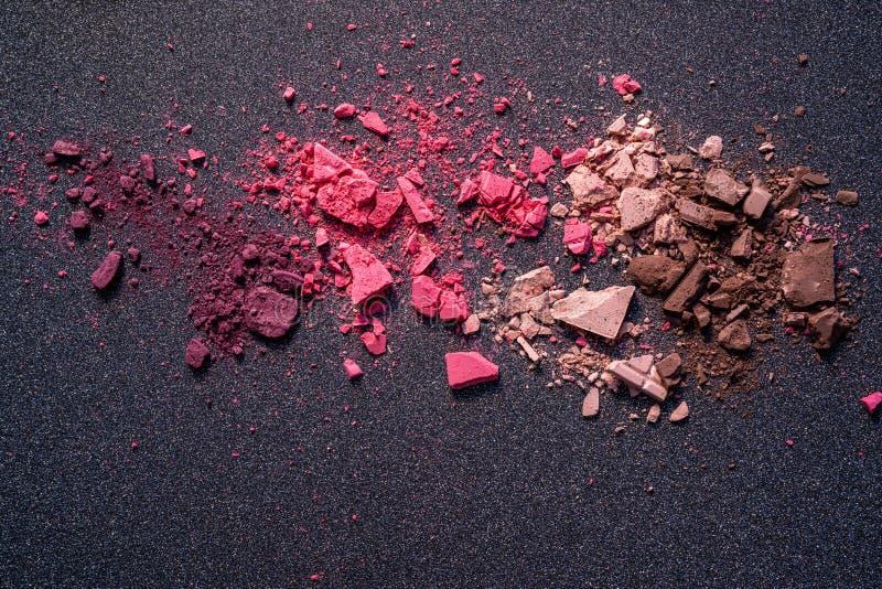 Struttura variopinta della polvere dei cosmetici rotti immagine stock