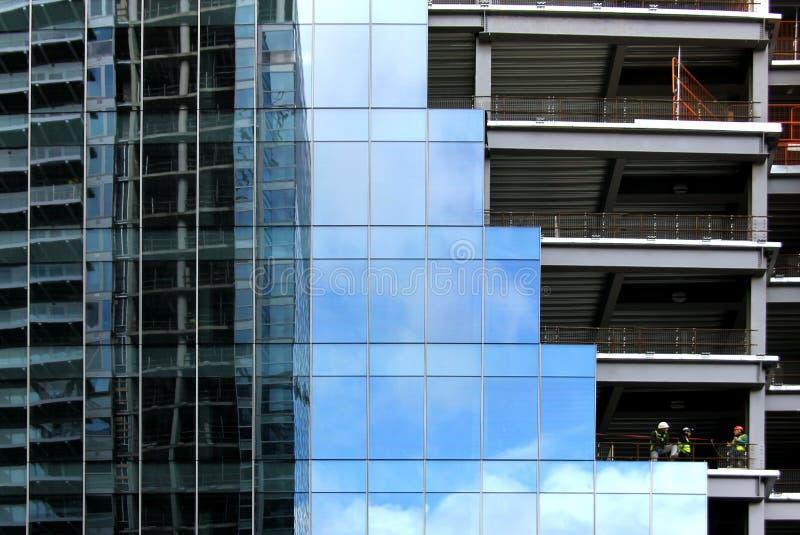 Strutture edili di vetro e d'acciaio immagini stock