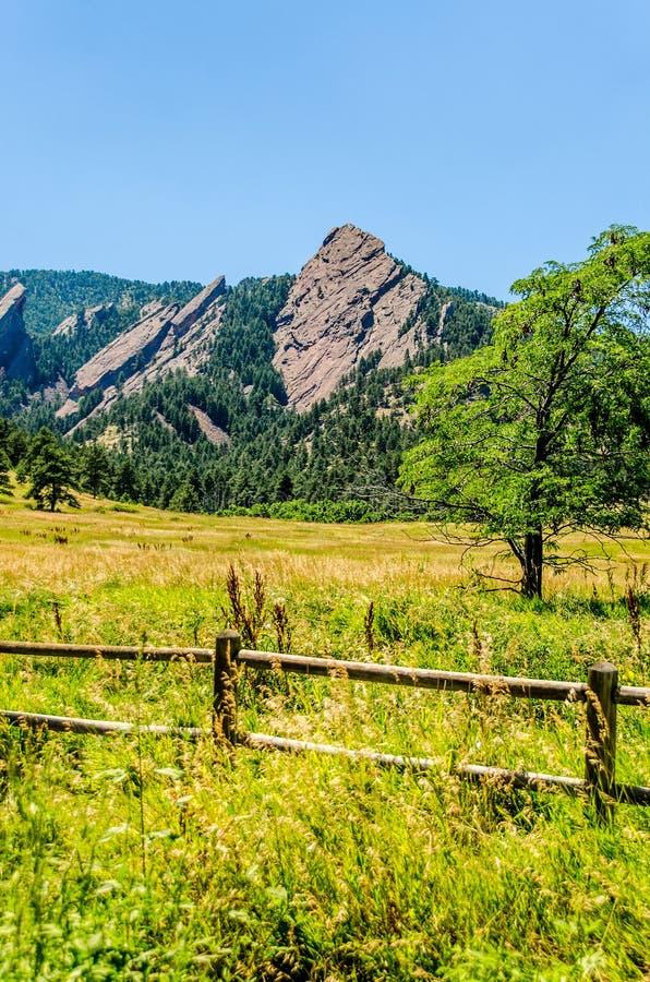 Strykjärn vaggar bildandestenblocket Colorado royaltyfria bilder