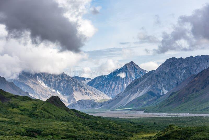 Strzępiaści zęby Alaska pasmo zdjęcie royalty free