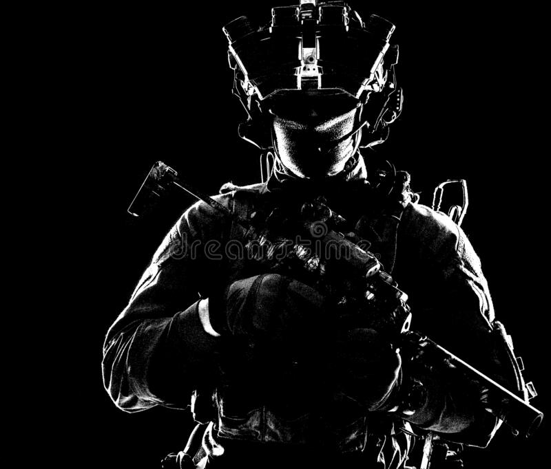 Strzelanina w ciemności obraz stock