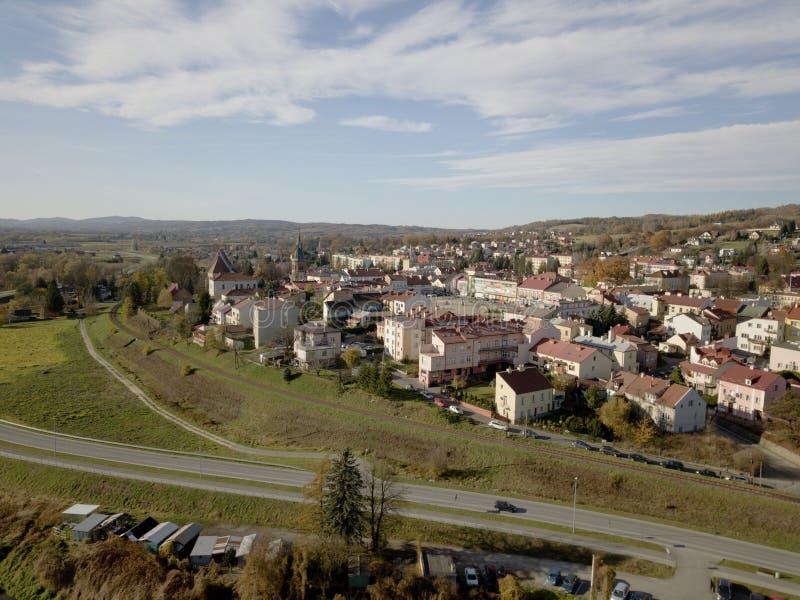 Strzyzow, Polska - 9 9 2018: Fotografia Odgórny finanse i biznesowy kapitał w Europa anteny fotografii starego pAerial miasta odg obrazy royalty free