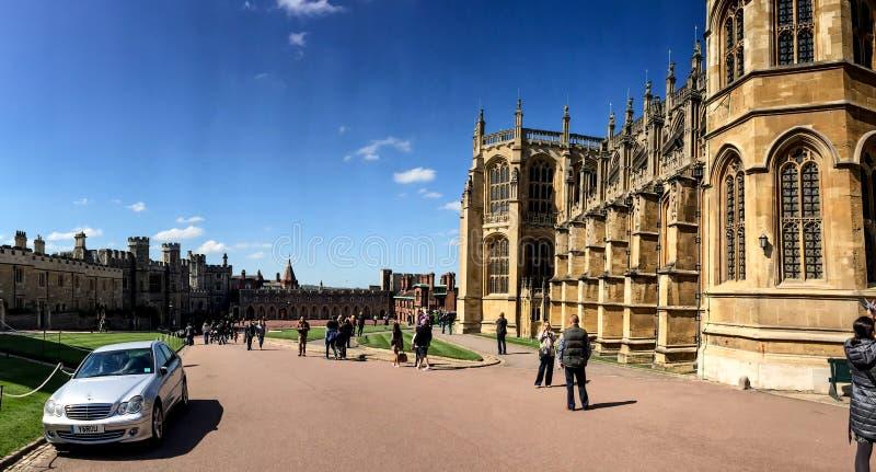 Sts George kapell i den Windsor slotten, London, UK royaltyfria bilder
