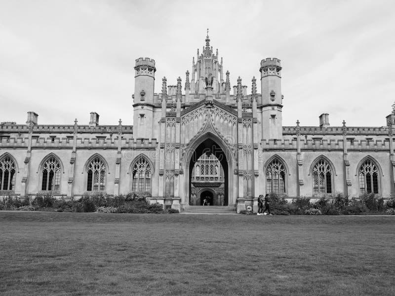 Sts John ny domstol för högskola i Cambridge i svartvitt royaltyfri foto