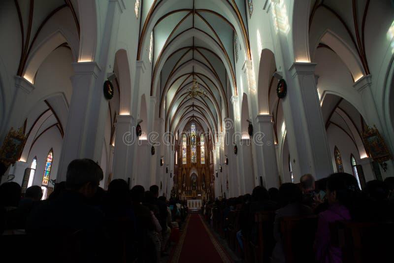 Sts Joseph domkyrka är en kyrka på den Nha Tho gatan i Hanoi, Vietnam fotografering för bildbyråer