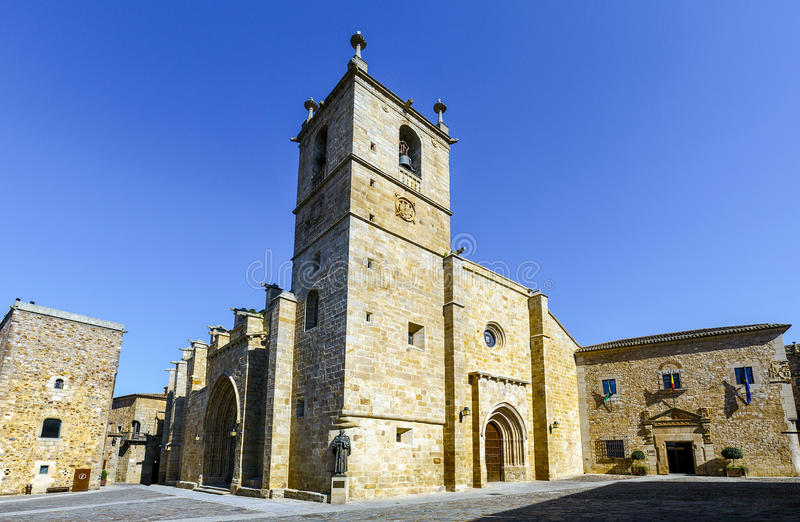 Sts Mary domkyrka Caceres, Spanien royaltyfri bild
