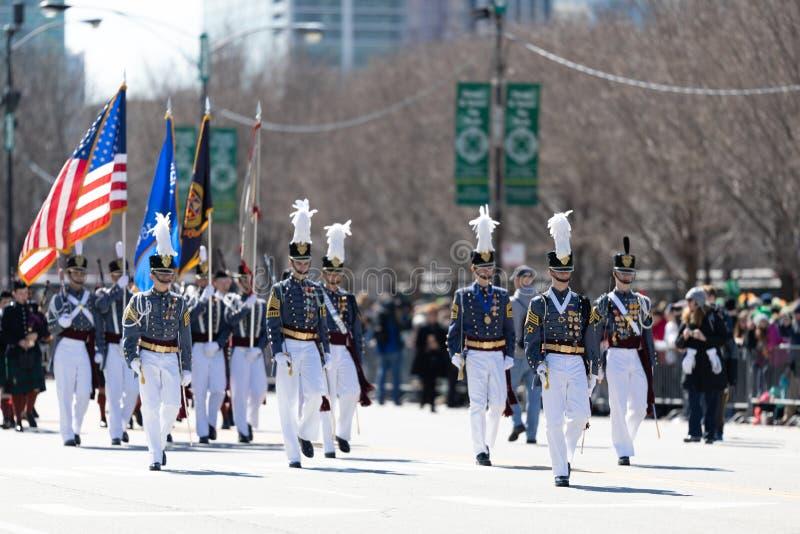 Sts Patrick dag st?tar Chicago 2019 royaltyfri fotografi