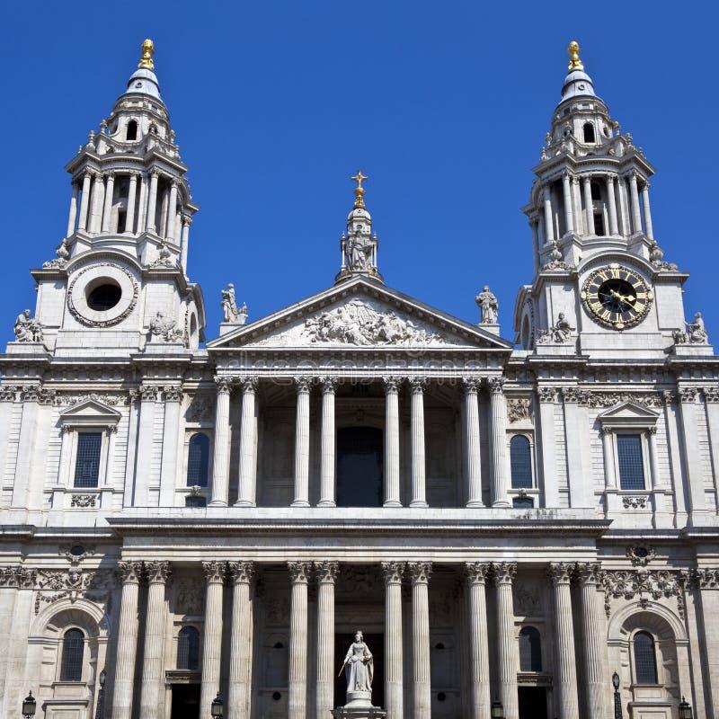 Sts Paul Domkyrka I London Arkivfoto