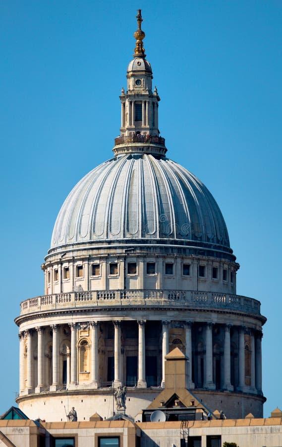 Sts Paul domkyrka - mig - London - UK fotografering för bildbyråer