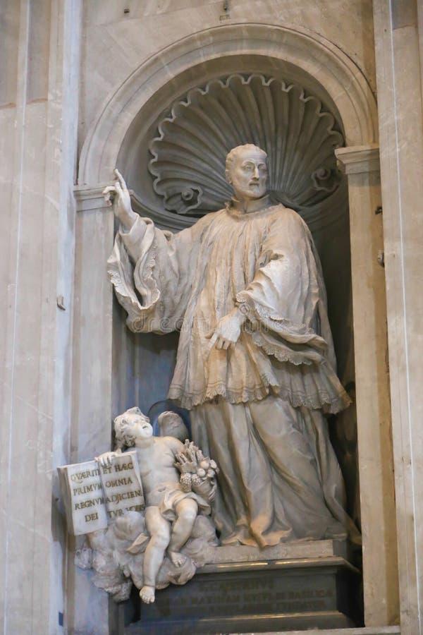 Sts Peter basilikaskulptur, Vaticanen, Italien fotografering för bildbyråer
