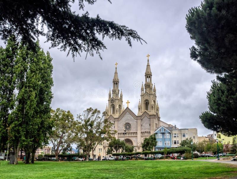 Sts Peter och Paul Church i San Francisco arkivbild